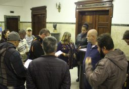 Servidores no Paço Municipal na sexta-feira (27/09) entregando a reivindicação pro Secretário de Gestão, Cacá Teixeira.