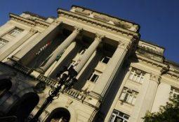 Desde o final do ano passado Prefeitura encontra dificuldades para pagar os servidores (Arquivo)