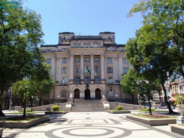 Prefeitura encaminha projeto de lei para que seja revista o adicional de titularidade dos servidores públicos. Foto: Divulgação